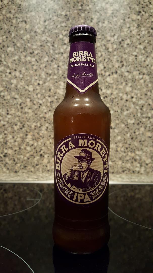 Moretti Italian Pale Ale bottle