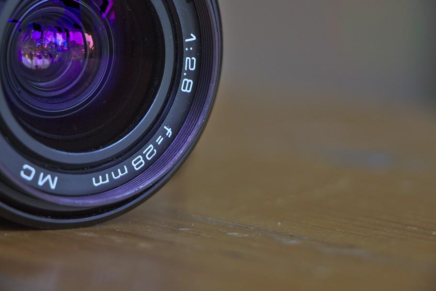 f=28mm/1:2,8